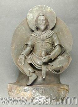 Нацистуудын олсон Буддийн гэх баримал дэлхий дээр унасан солироор урлагджээ