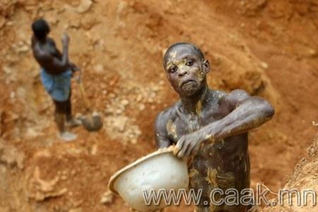 Гана улсын алт олборлогчид