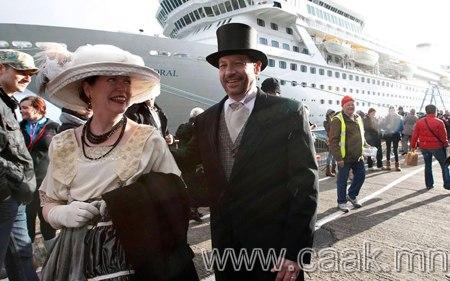 Титаникийн дурсгалд зориулсан хөлөг онгоцны аялал